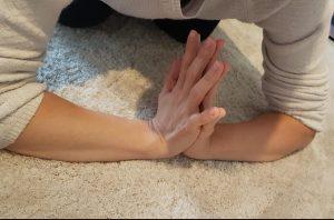 wiczenia na dłonie 1 e1538655451942 300x198 Dlaczego ćwiczenia na dłonie szkodzą zamiast pomagać?