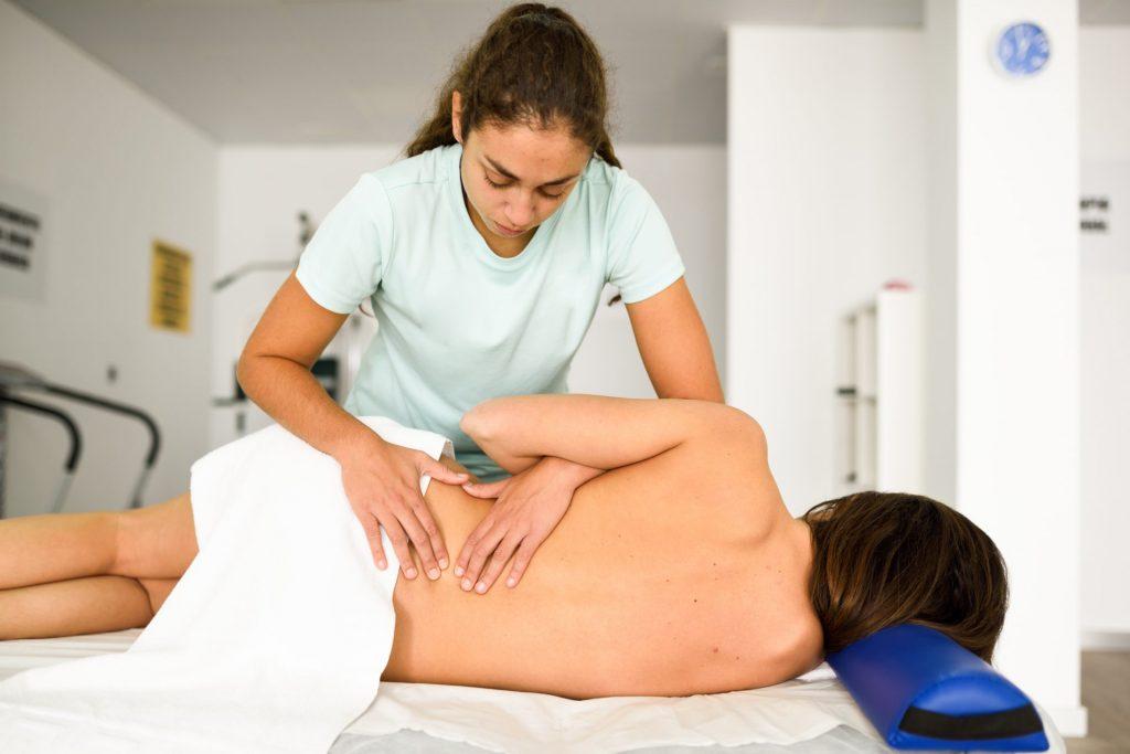 dyskopatia 1024x683 - Rehabilitacja pooperacji kręgosłupa- discektomia lędźwiowa