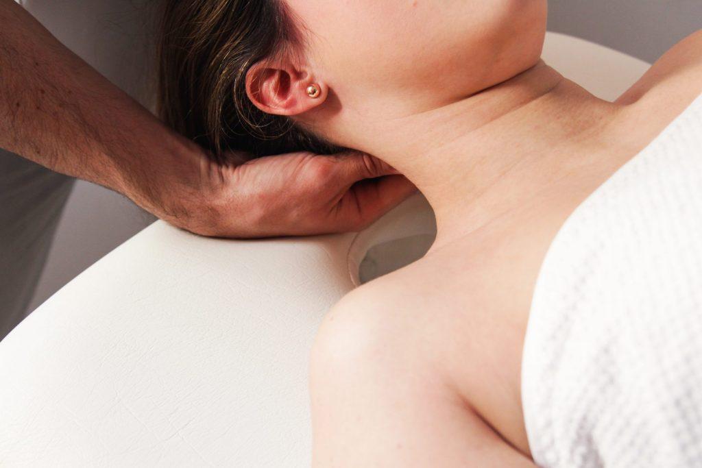 rehabilitacja pooperacji odcinka szyjnego