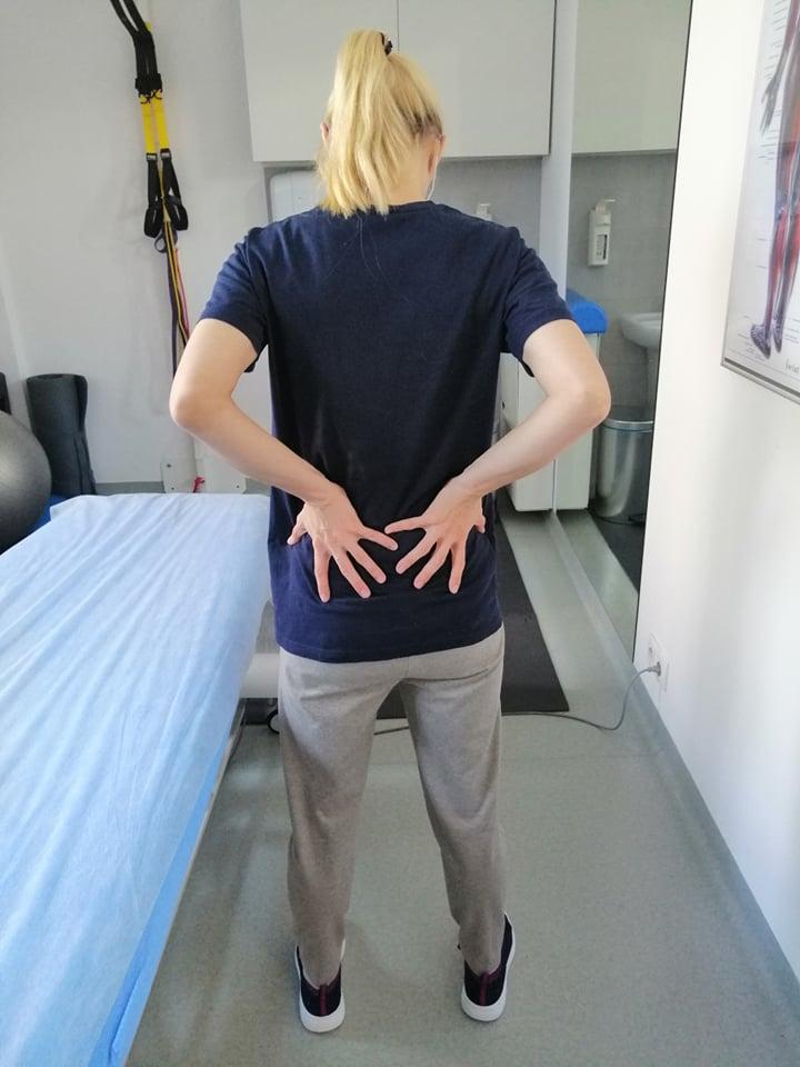 ból pleców podczas chodzenia