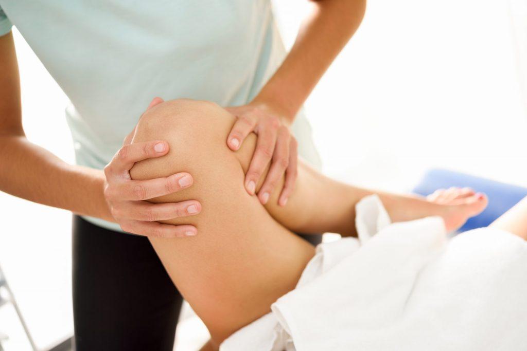 menopauza bóle nóg 3 1024x683 - Dlaczego menopauza powoduje bóle nóg? Czy fizjoterapia może pomóc?