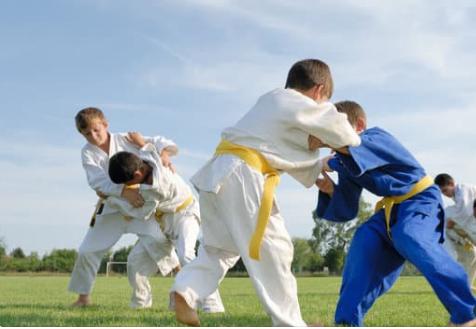 trening judo - Trening judo wspiera rozwój narządu ruchu dziecka