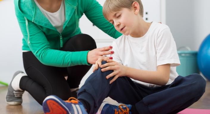 choroba osgood schlaterra - Choroba Osgood-Schlaterra. Czy aktywność fizyczna jest bezwzględnie przeciwwskazana? NIE!